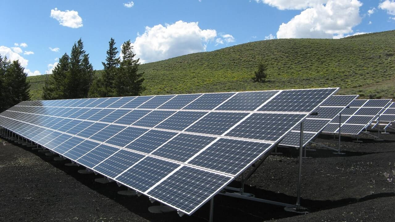 alternative energy solar panel array